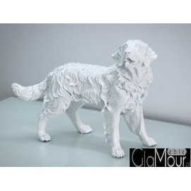 Biała figura psa golden retrievera 54x44x24cm A020